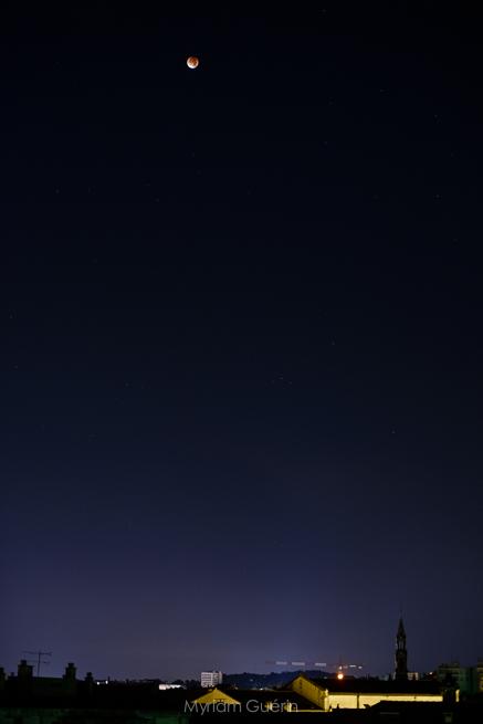 La super lune rouge à Nîmes. 29 Septembre 2015